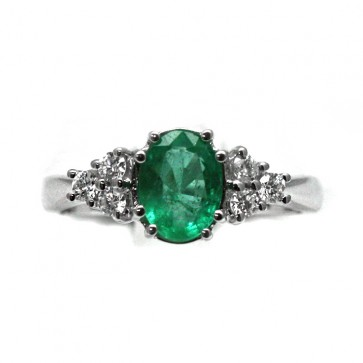 Anello oro diamanti e smeraldo