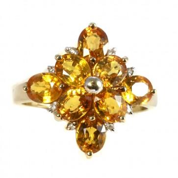Anello fiore, oro e quarzi citrini