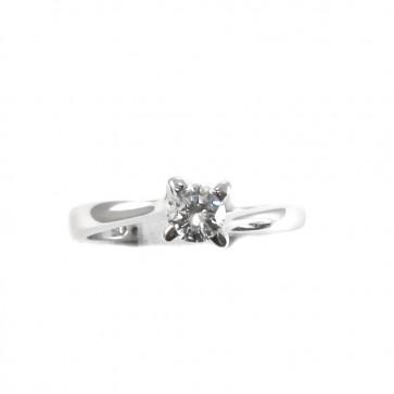 Anello solitario, oro e diamante - 0.31 ct; 2.6 gr