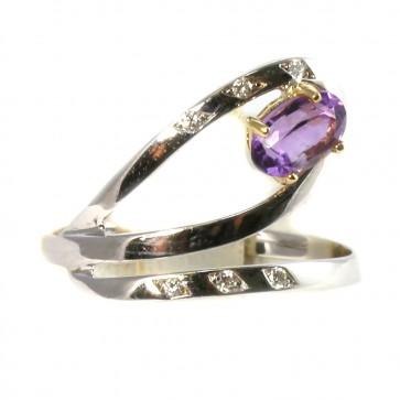 Anello contrariè oro, ametista e diamanti