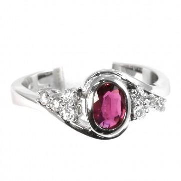 Anello oro, rubino - 0.52 ct- e diamanti