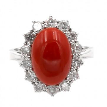 Anello margherita corallo, oro e diamanti