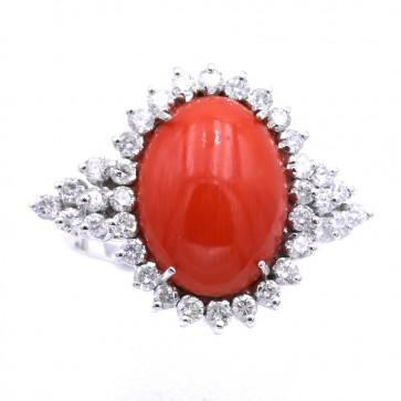 Anello margherita corallo rosso, oro e diamanti