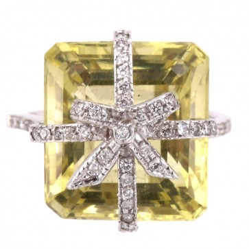 Anello maxi oro, quadro quarzo lemon e diamanti bianchi