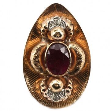 Anello maxi oro in stile con diamanti e rubini