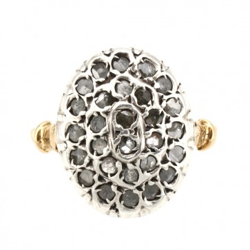 Anello toppa in stile oro e diamanti