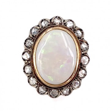 Anello in stile, oro, maxi margherita opale e diamanti