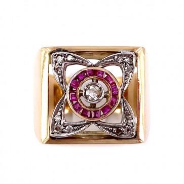 Anello quadro in stile oro, rubini