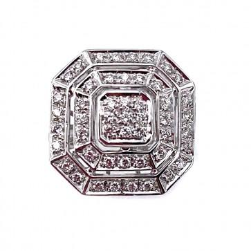 Anello maxi toppa squadrata, in oro e diamanti