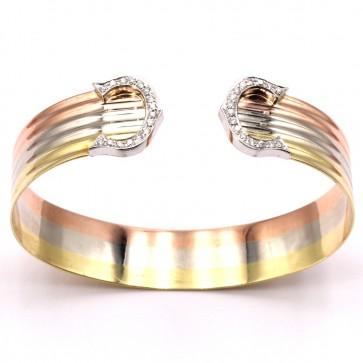 Bracciale tricolore rigido doppia C, oro, diamanti