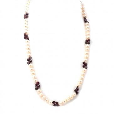 Collana di perle granati e argento