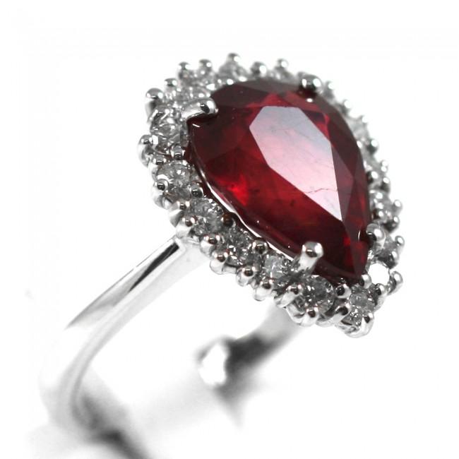 orologio 6c1fe 407c7 Anello goccia oro, diamanti -0,80 ct- e rubino -6,46 ct; 7,8 gr