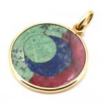 Ciondolo artistico medaglia circolare oro, giada, agata, pietra di luna e pietre dure. Motivo Luna; 17.12 gr