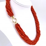 Collana torchon a 12 fili di corallo rosso, microboulle 3-4 mm - 113.6 gr; 56 cm