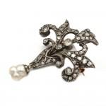 Spilla autentica liberty, antica, oro, diamanti e perla scaramazza - 9.4 gr; 4.8 cm