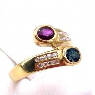 Anello contrariè oro, zaffiro -0.60-0.70 ct- rubino-0.50-0.60 ct- e diamanti - 0.15-0.20 ct. 4.7 gr.