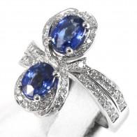 Anello contrariè DAMIANI, in oro, zaffiri - 2.23 ct e diamanti -0.88 ct; 8.8 gr