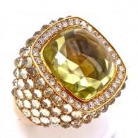 Anello Bonato maxi oro, quadro quarzo lemon, quarzo fumè e diamanti -0.69 ct; 19.14 gr.