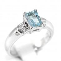 Anello oro, acquamarina - 1ct -  e diamanti - 0,14 ct-  4,7 gr