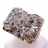 Anello maxi ponte squadrato, in stile, oro e diamanti -1.20 ct totali; 11.57 gr