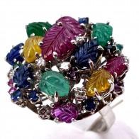 Anello toppa multicolor in stile oro, smeraldi , rubini, zaffiri e diamanti; 11.63 gr