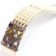 Bracciale multifilo in stile oro, perle, quarzi e diamanti -0.12 ct; 20 x 3.5 cm; 73.4 gr