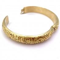 Bracciale bangle a cerchio rigido in oro giallo, rose incise - 41.66 gr