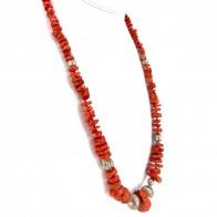 Collana corallo rosso etnico, a scalare 4-24 mm e elementi decorativi argento - 90 gr; 70 cm