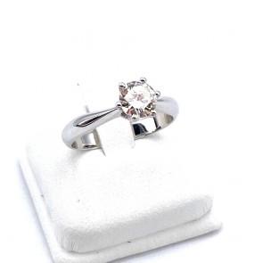 Anello solitario, montatura a 6 griffes, oro e diamante - 0.70-0.75 ct; 3.75 gr