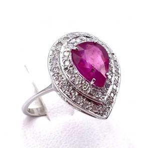 Anello margherita goccia rubino - 2.20-2.30 ct - e diamanti - 0.75-0.78 ct; 3.28 gr