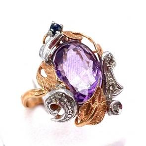 Anello in stile, oro, argento,  ametista idrotermale e mini diamanti; 5.9 gr