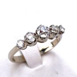 Anello riviera oro, montatura in stile e 5 diamanti taglio antico - 1.40-1.50 ct; H VS/SI; 3.24 gr