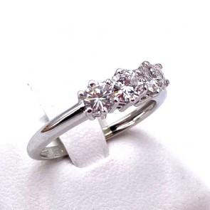 Anello trilogy oro e diamanti -0.98 ct; 2.84 gr