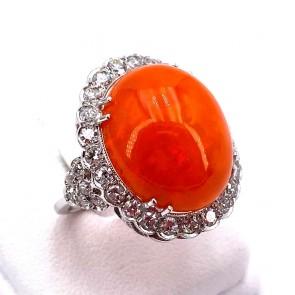 Anello, margherita oro, opale di fuoco- 21-22 ct e diamanti - 1.60-1.70 ct. 5.08 gr.