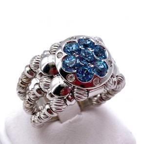 Anello ZANCAN fascia tripla oro, fiore topazi azzurri e diamanti; 12.4 gr