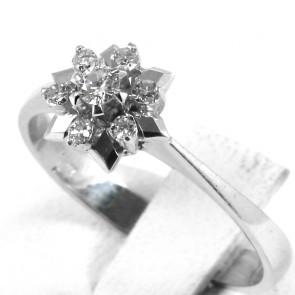 Anello fiore stellato circolare, oro e diamanti - 0,23-0,26 ct; 2,41 gr