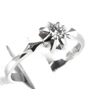 Anello solitario, montatura fiore stellato, oro e diamante - 0,16-0,18 ct; 2,92 gr