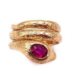Anello serpente oro massiccio inciso, e rubino di sintesi.