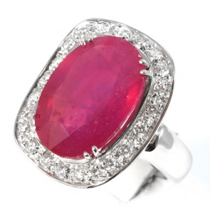 Anello maxi margherita oro, rubino -  20.5 ct - e diamanti  - 0.92 ct; 24 gr.