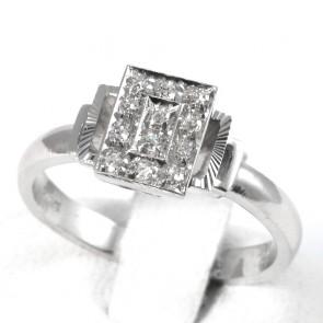Anello rettangolare, oro e diamanti - 0,13-0,15 ct; 3,75 gr