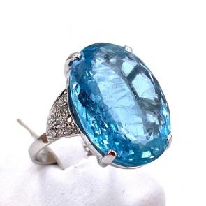 Anello oro, maxi stone acquamarina - 19.02 ct- e diamanti - 0.25 ct; 8.05 gr