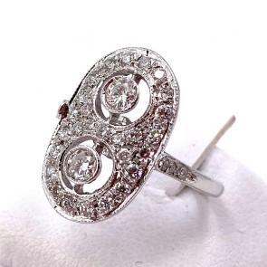 Anello in stile toppa ovale, oro e diamanti -0.75 ct totali; 3.51 gr