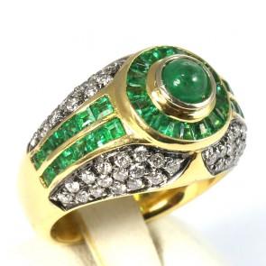 Anello cupolone fascia oro, smeraldo -2.15 ct- e diamanti -1.01 ct; 16.30 gr