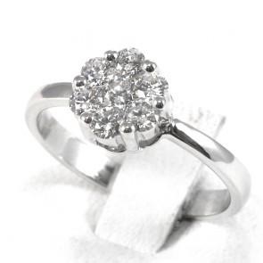 Anello fiore circolare con diamanti - 0.60 ct; 3.5 gr