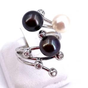 Anello contrariè oro, perle bianche e nere e diamanti - 0.15-0.18 ct; 9.30 gr
