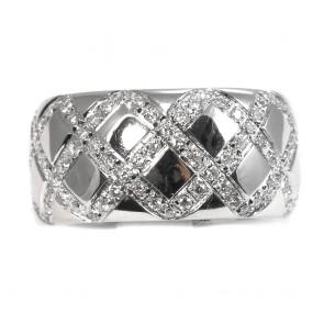 Anello maxi fascia oro e geometrie di diamanti