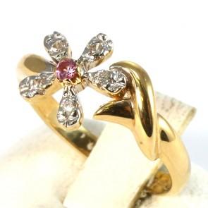 Anello oro margheritina di pietre di sintesi; 2.68 gr