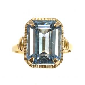 Anello in stile, antico, oro e pietra azzurra