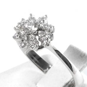 Anello fiore circolare oro con diamanti - 0.43 ct; 2.9 gr