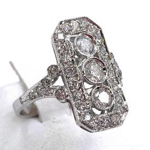 Anello in stile semaforo, oro e diamanti -0.84 ct totali; 4.08 gr